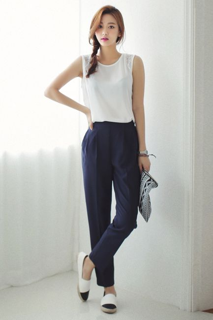 9fabf11629e black and white office outfit  style  braid  trousers