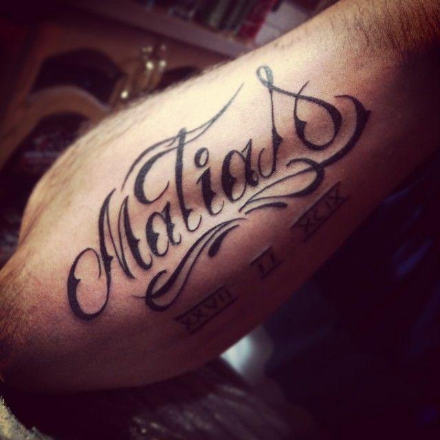 Resultado De Imagen Para Tatuaje De Dos Nombres Juntos Tatuajes De Nombres Imagenes Para Tatuajes Tatuajes
