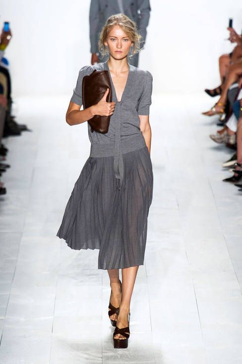 Oh my. Beautiful transparency and melange texture, looks cool enough to be used by Soft Summer and possibly also True Summer. Michael Kors Spring 2014 Ready-to-Wear Collection