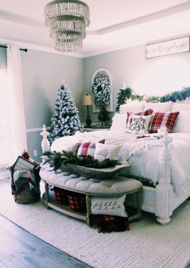 Decorazioni Natalizie Per La Camera pin di linda cardillo su bedroom   decorazione camera da letto