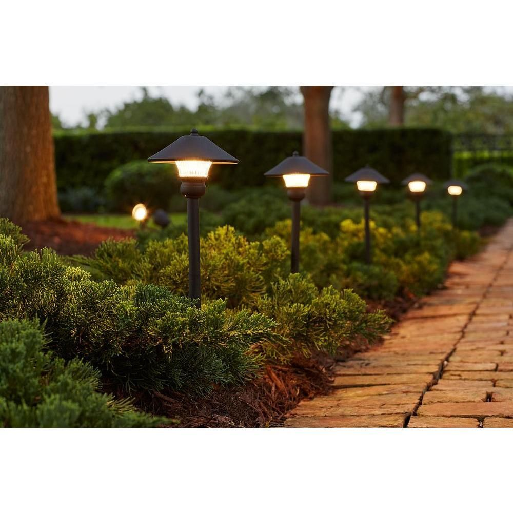 Stunning Diy Outdoor Lighting Ideas For Your Garden Or Your Porch Backyard 6925424168 G Landscape Lighting Kits Led Outdoor Lighting Bronze Outdoor Lighting