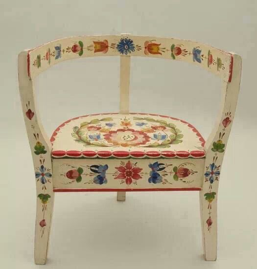 Pin by Cecilia Silva on Decoracoes   Painted furniture ...