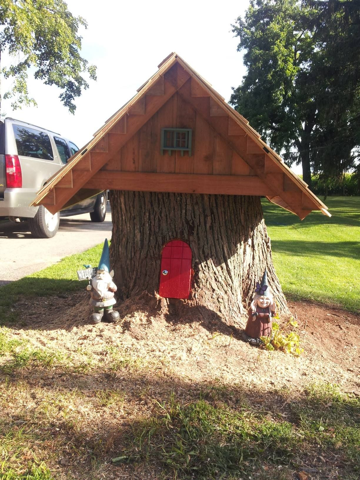 Tree stump fairy house - Our Gnome House From A Tree Stump