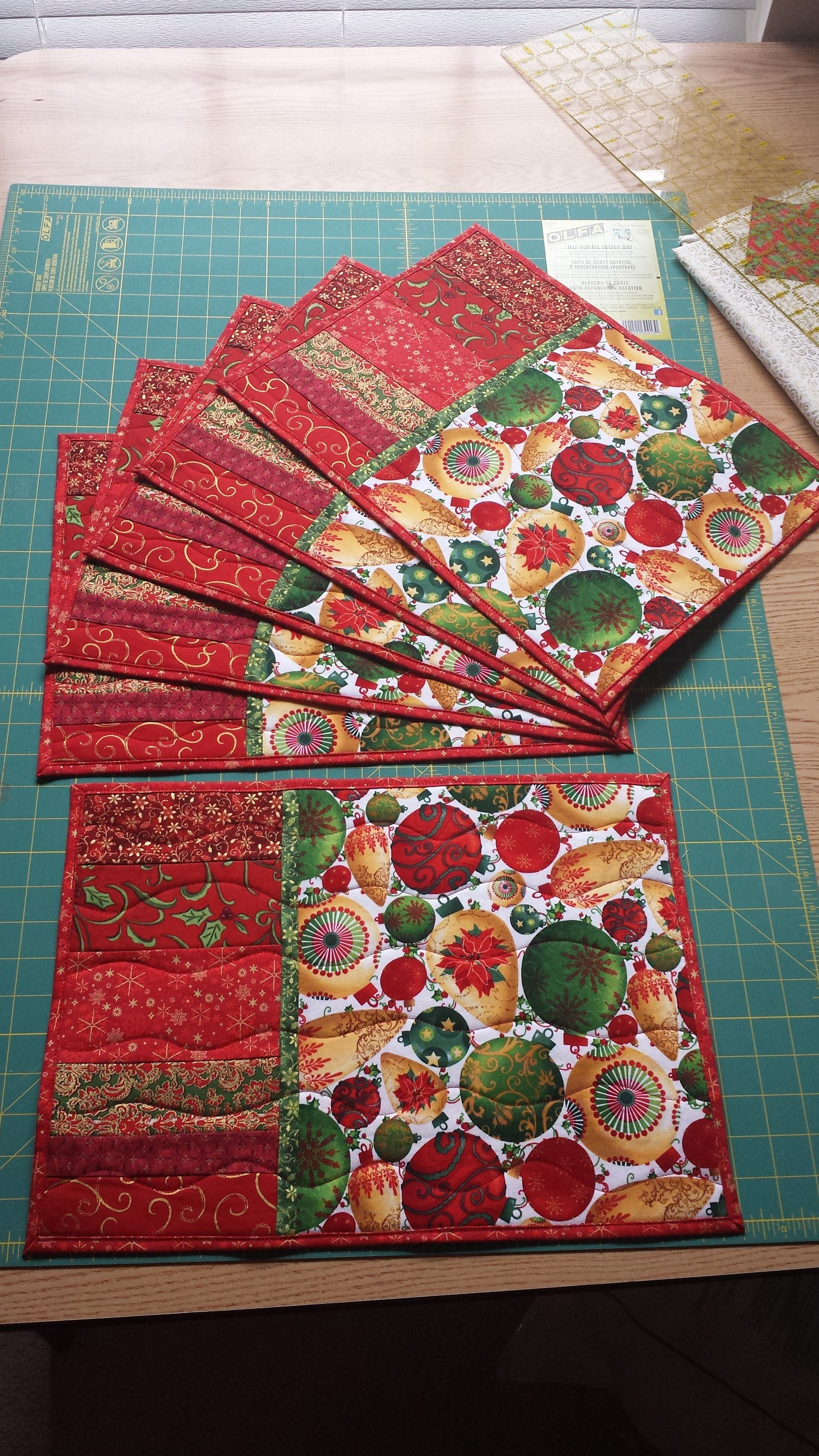 Quilted Christmas Placemats Quilted Placemat Patterns Placemats Patterns Christmas Placemats