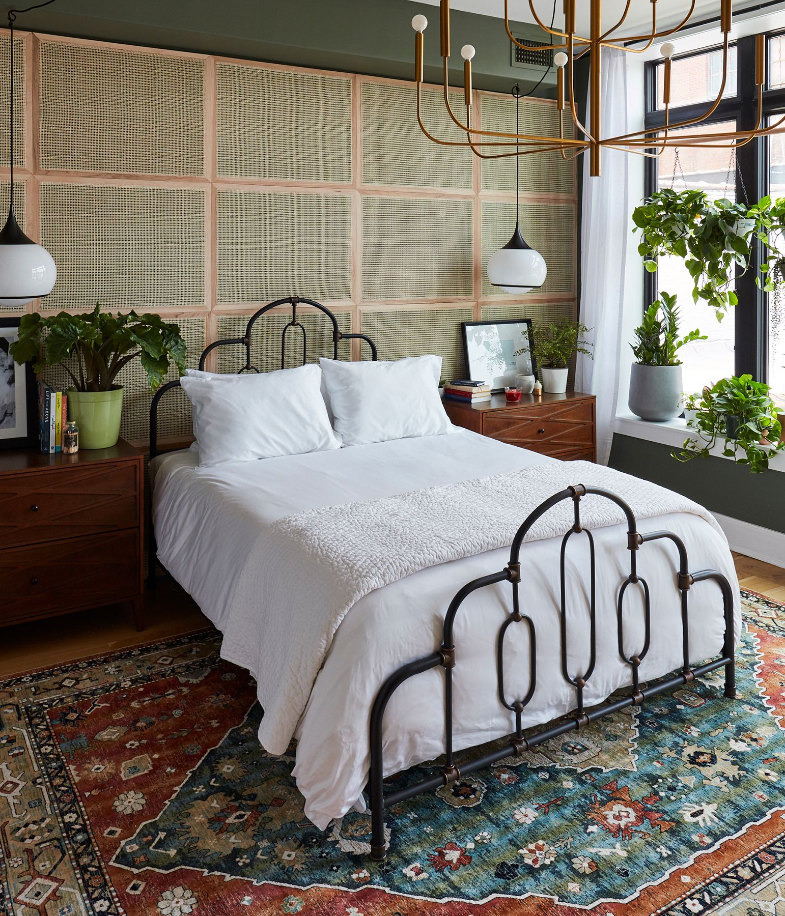 Step Inside The 2019 Real Simple Home Find 250 Design Ideas Apartment Bedroom Decor Home Bedroom Cheap Bedroom Decor Real simple bedroom ideas