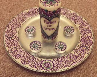 Diy Mehndi Plates : Mehndi thaal with large candle and tealights candles