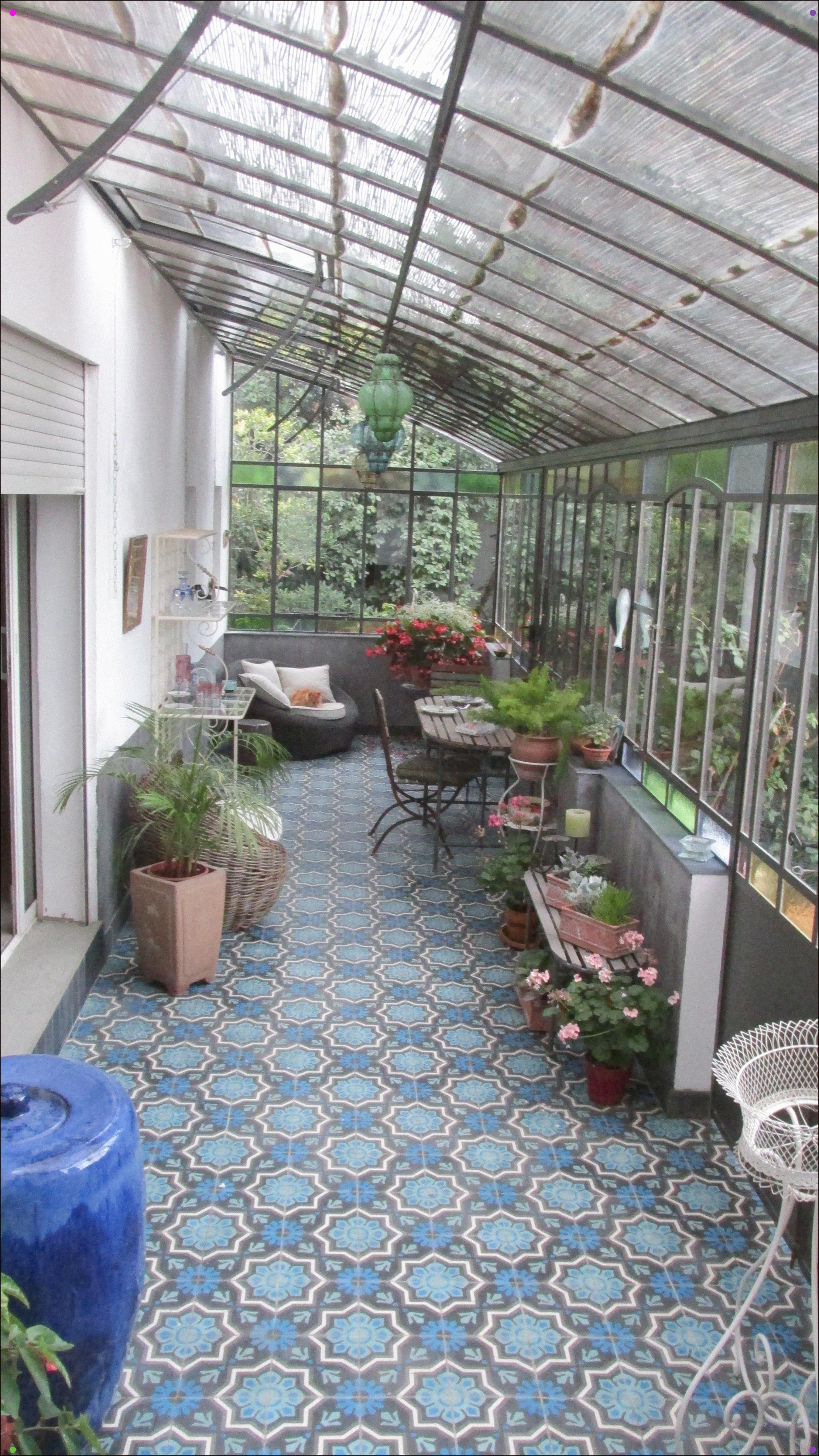 Serre De Jardin L Ancienne Adosse Faisant Office De Jardin D