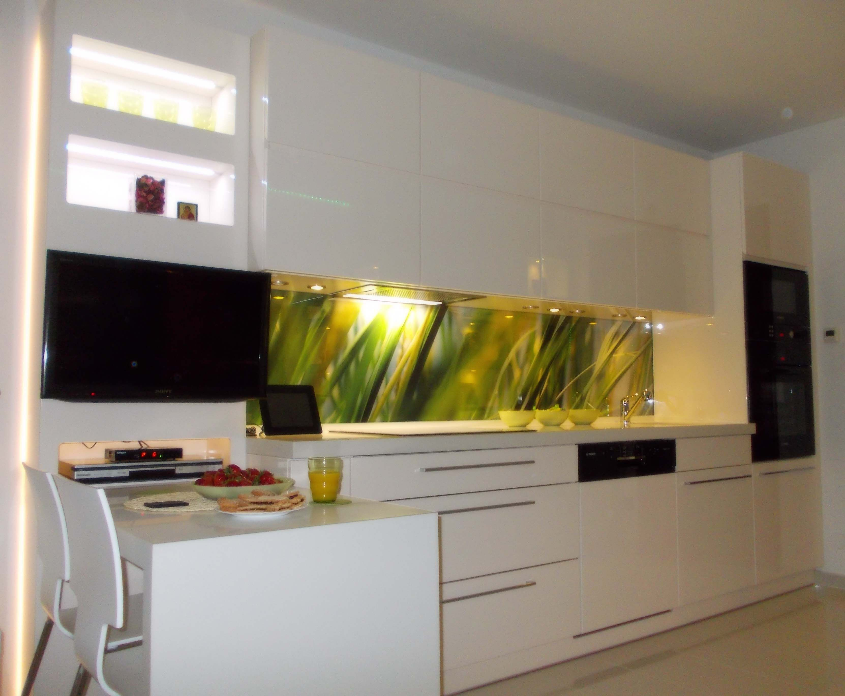 kuchnia przechodnia  Interior design  Pinterest  Interiors -> Kuchnia Orzech Polysk