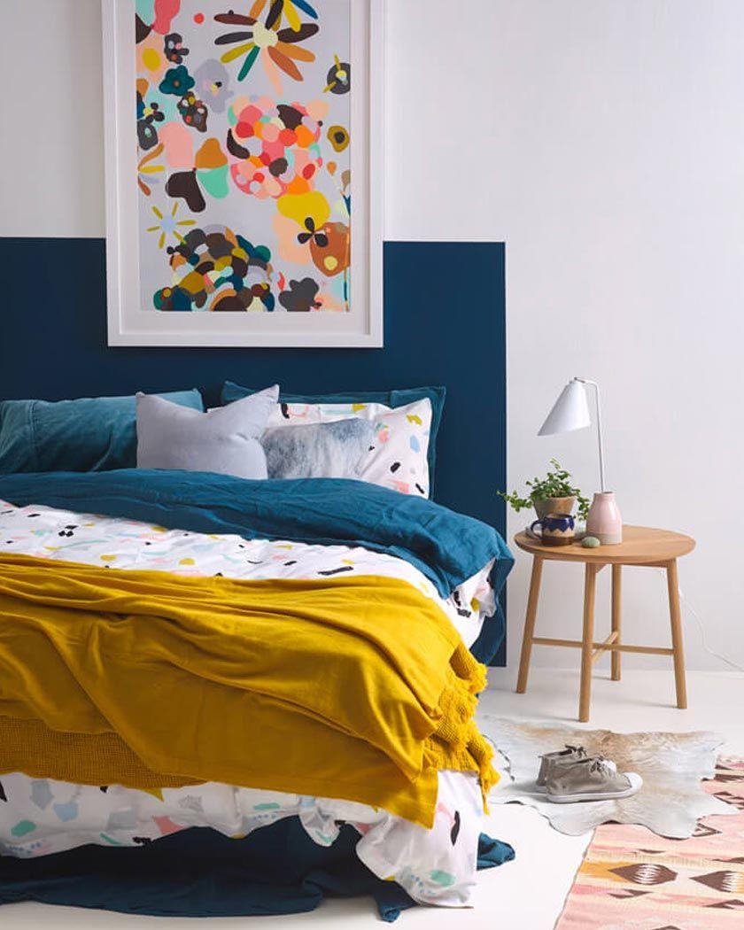 Tete De Lit Bleu Canard Peinture la couleur jaune moutarde pour une déco affirmée | déco