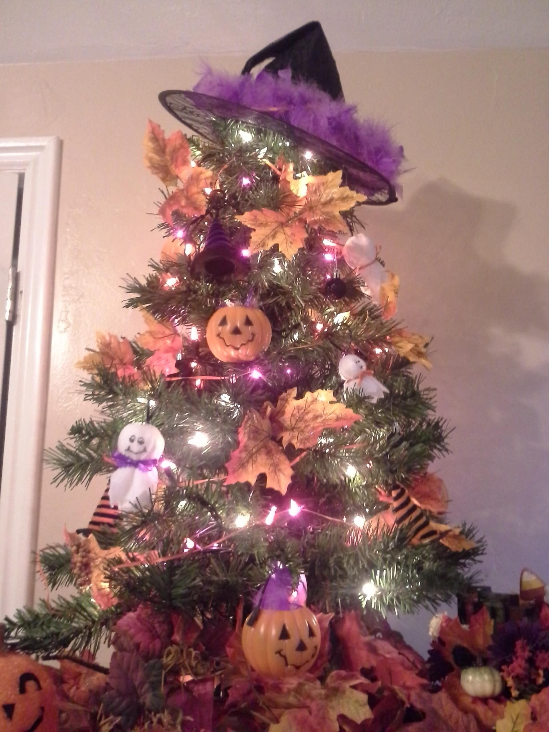 Keep your Christmas tree up all year long! | Christmas tree themes, Black christmas tree ...
