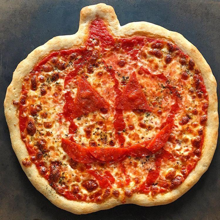 Free Pizza Giveaway In 2020 Gluten Free Pizza Gluten Free Halloween Gluten Free Family