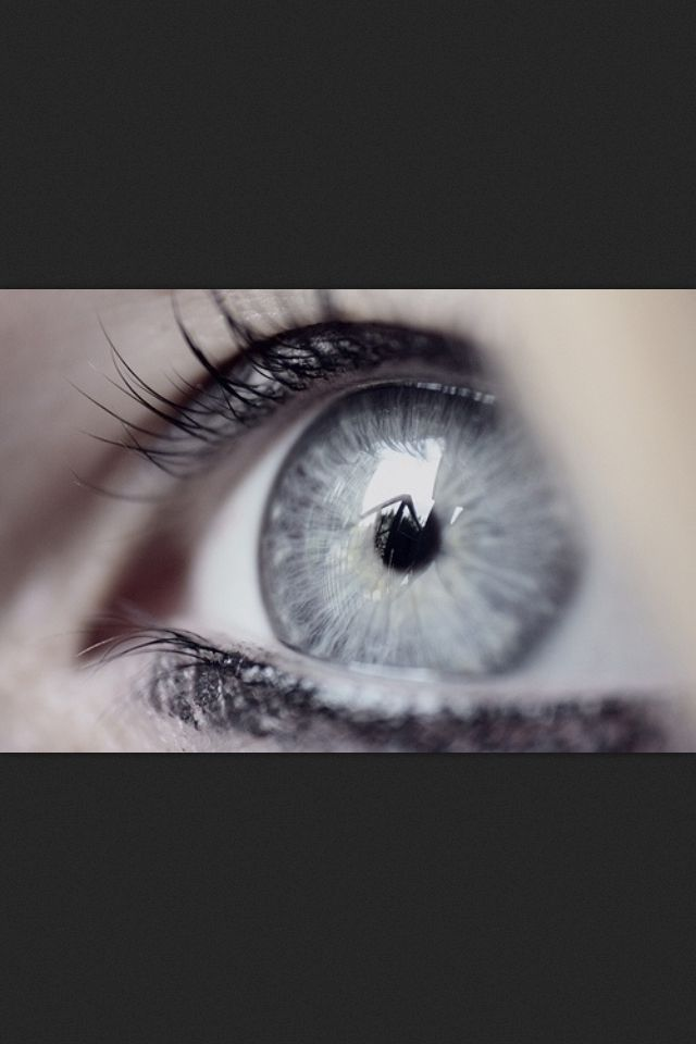 Strangers would stop Raehenna on the streets and compliment how lovely her eyes were. They found the simple and pure gray color to be stunning. Raehenna loved her eyes...until they changed.