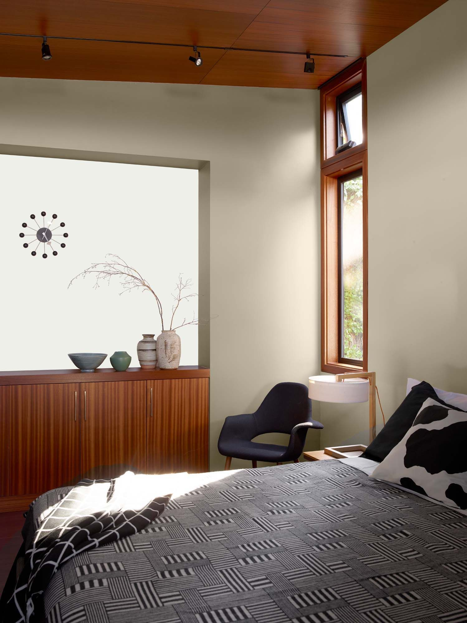 Some Fascinating Teenage Girl Bedroom Ideas White wall