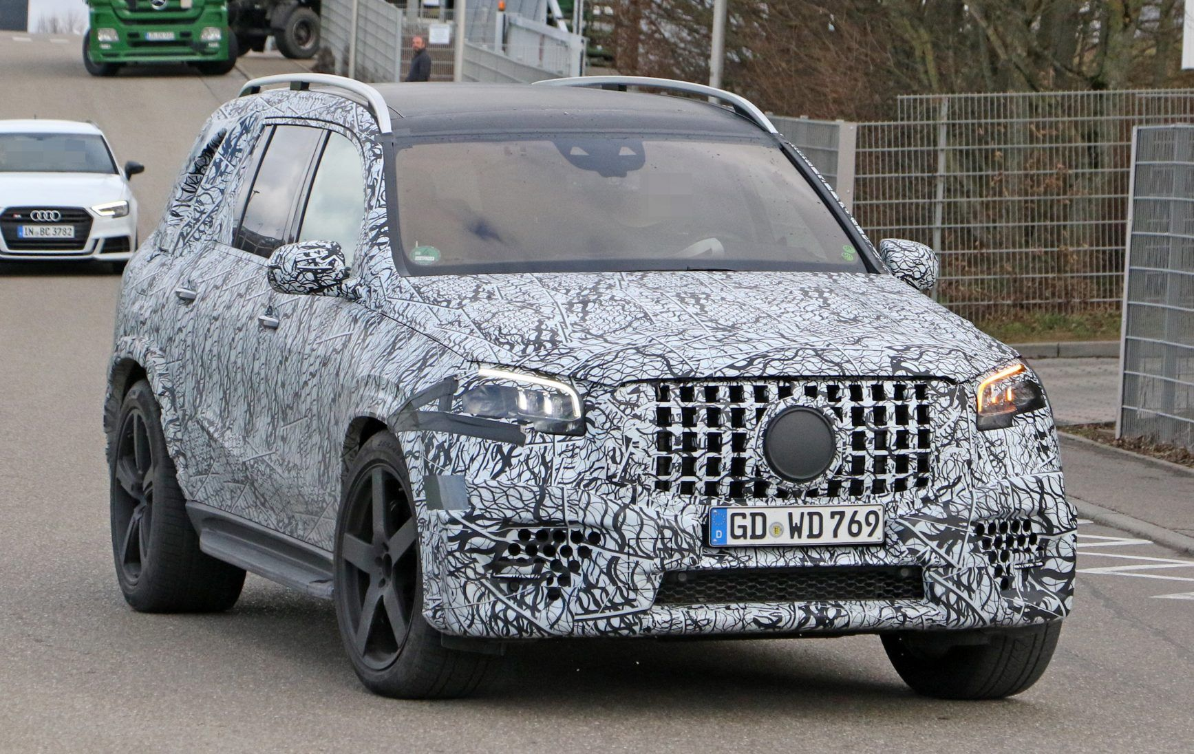 2021 MercedesAMG GLS 63 Debut in Next Year Review and