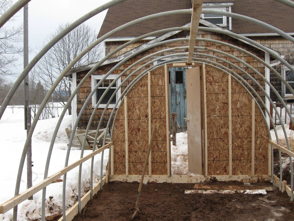 pvc pipe greenhouse | Constructing a Simple PVC High Tunnel ...