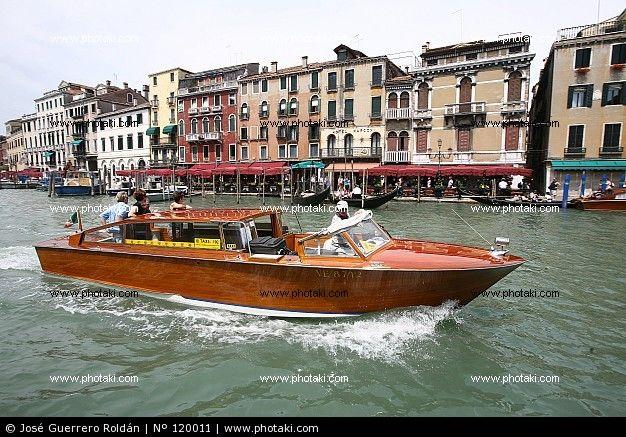 Http Www Photaki Com Picture Water Taxi Venice 120011 Htm Classic Boats Boat Riva Boat