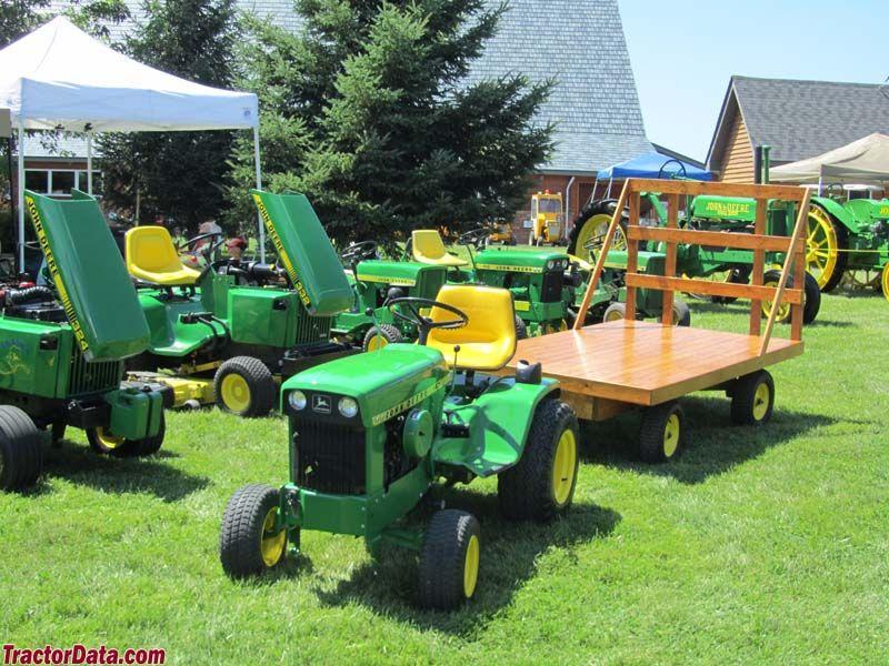 John Deere Wagons Flowered : Nicks antique farm tractors and