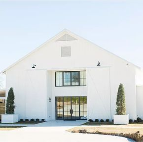 The Farmhouse Wedding And Events Venue An Elegant New In Montgomery Texas