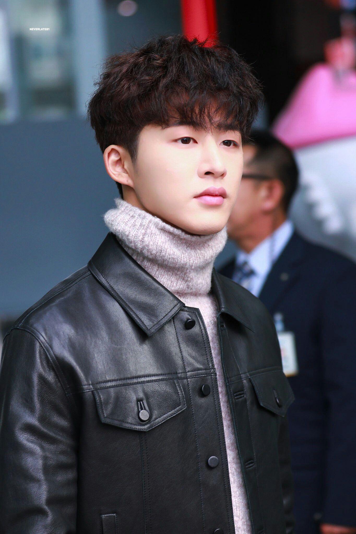 kim hanbin - 736×1105