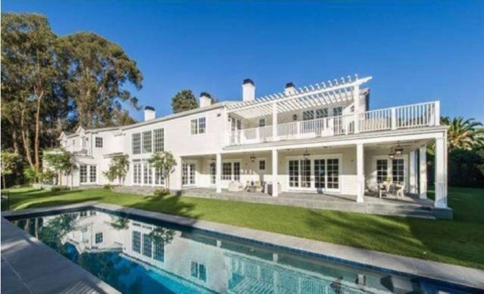 23 Million Michael Strahan S Brentwood Mansion In Los