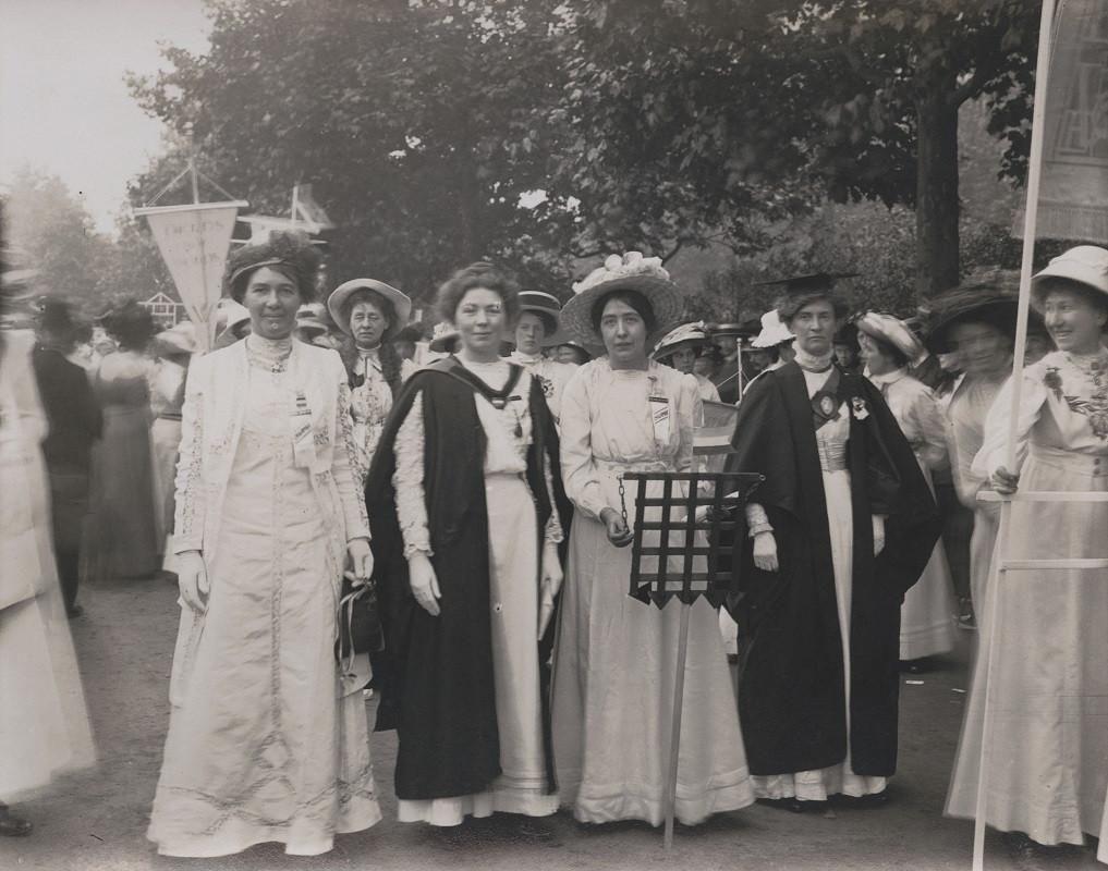 Dame Christabel Pankhurst Npg 6921 Portrait Print National Portrait Gallery Suffragette Portrait Gallery [ 800 x 1017 Pixel ]