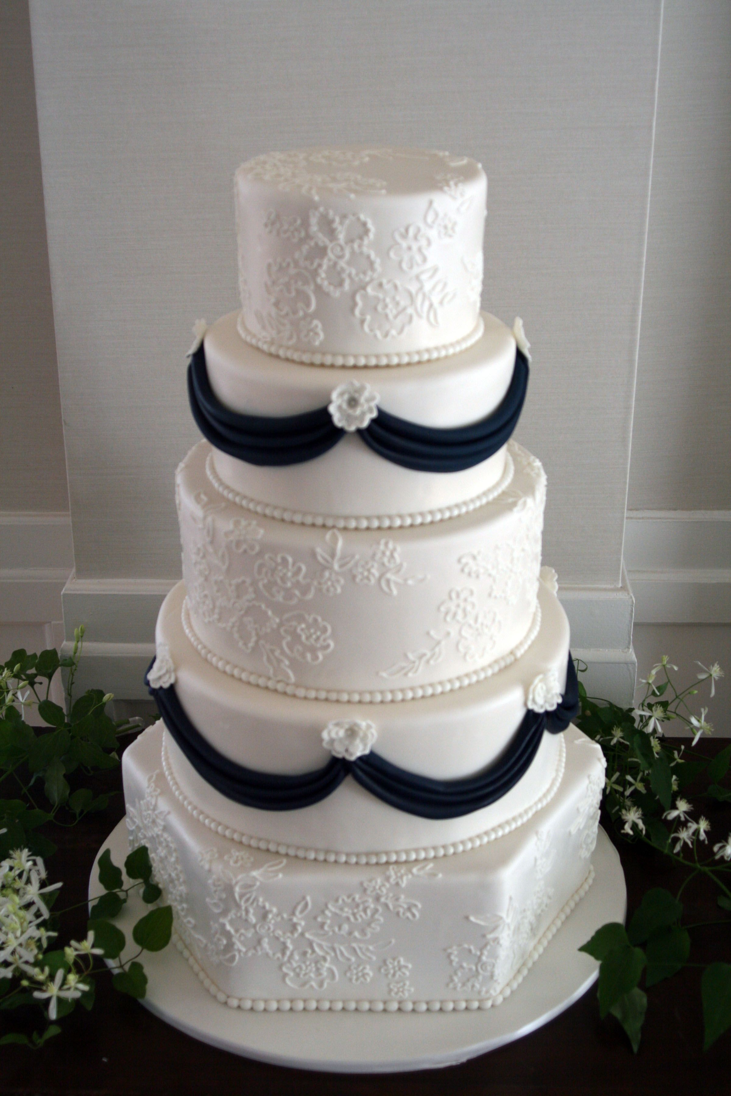 Classic lace and drape design by ireneus cakes by design vermont