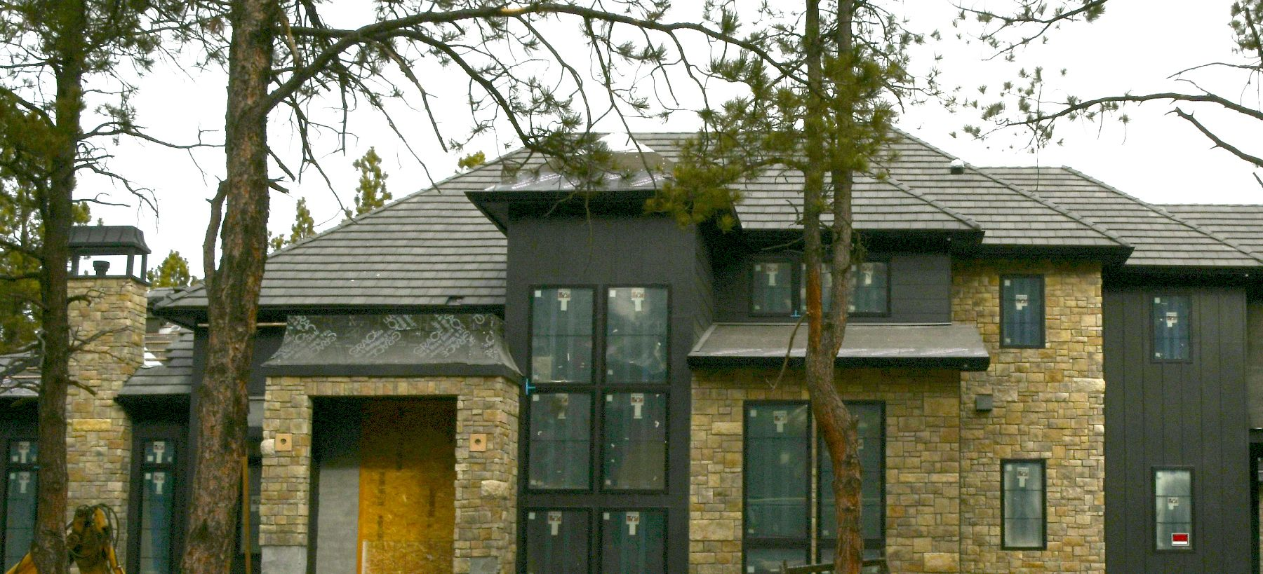 Best Top Roofing Companies Colorado Springs Co New Home Roofing Contractors Hail Damage 400 x 300