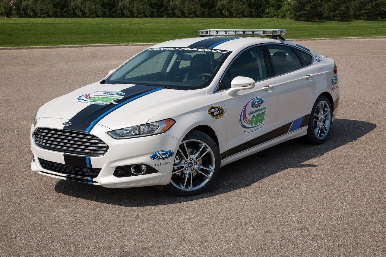 2013 ford fusion pace car the race liveried 2013