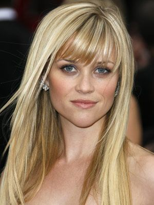 19 Celebrities Sporting Great Bangs Blonde Hair Color Reese Witherspoon Hair Cool Hairstyles