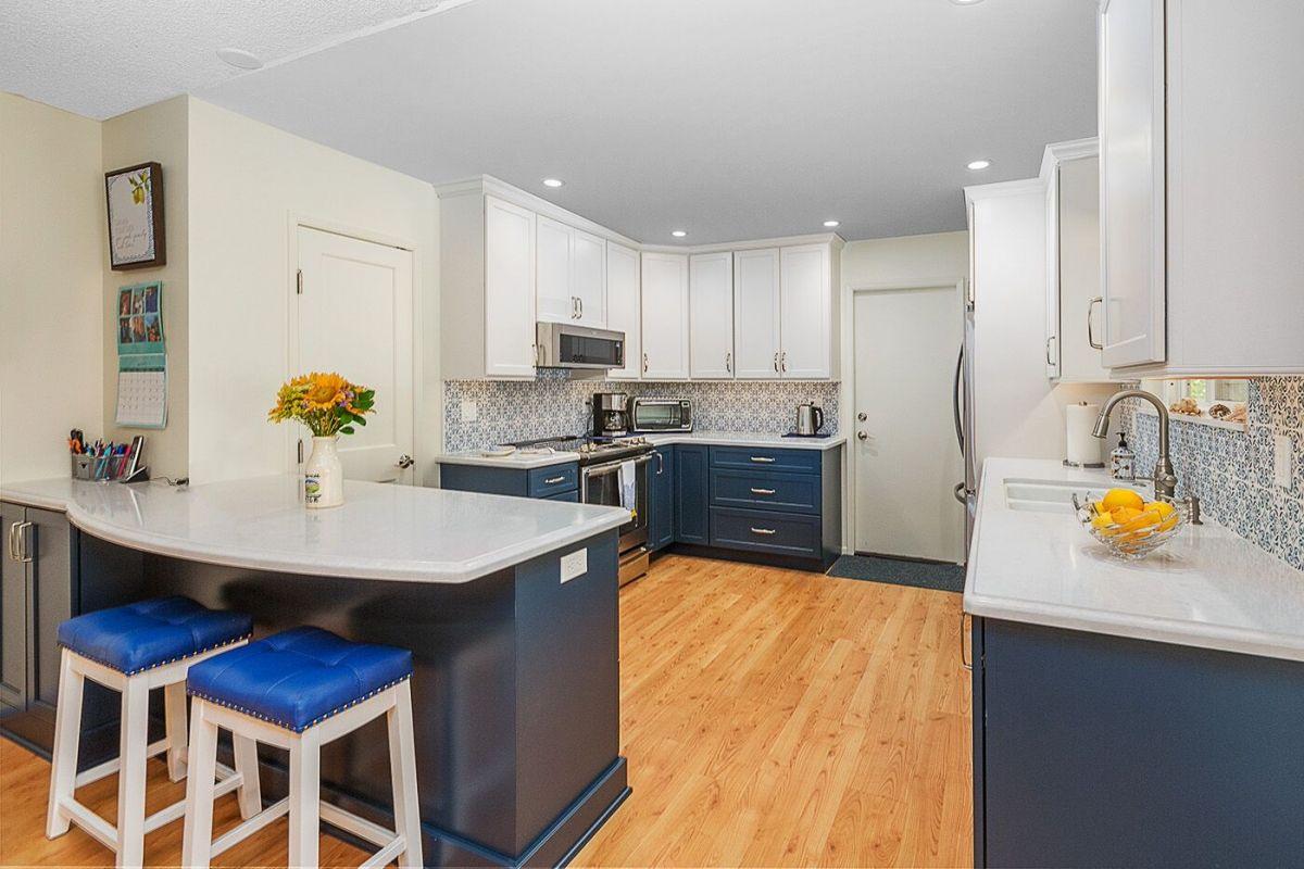 kitchen design 101 what is an g shaped kitchen design in 2020 g shaped kitchen kitchen on g kitchen layout design id=67145