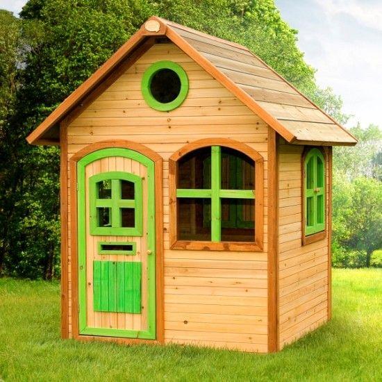 Dieses wunderschöne Holzspielhaus mit bunten Fensterläden lässt die Herzen Ihrer Kinder höher schlagen. Das eigene kleine Häuschen im Garten zum Spielen und Herumtollen.