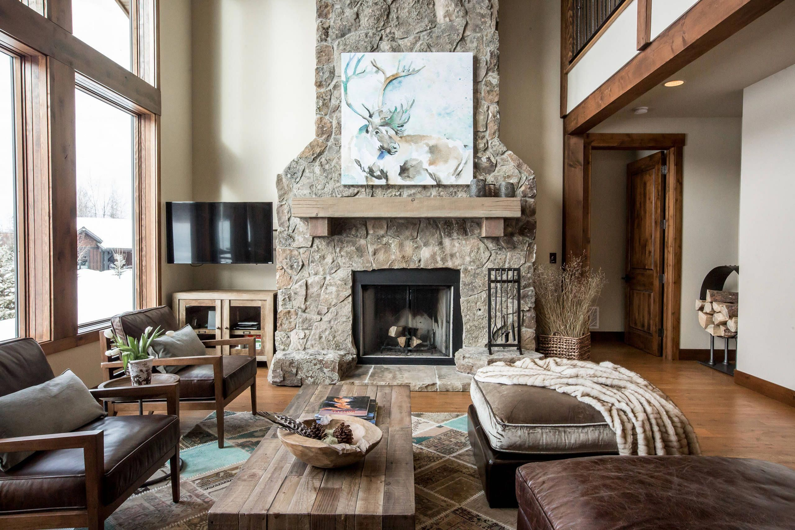The Very Best Method To Go For Easy Charm In Interior Decoration Is To Make The Living Room Decor Rustic Rustic Living Room Design Farmhouse Style Living Room