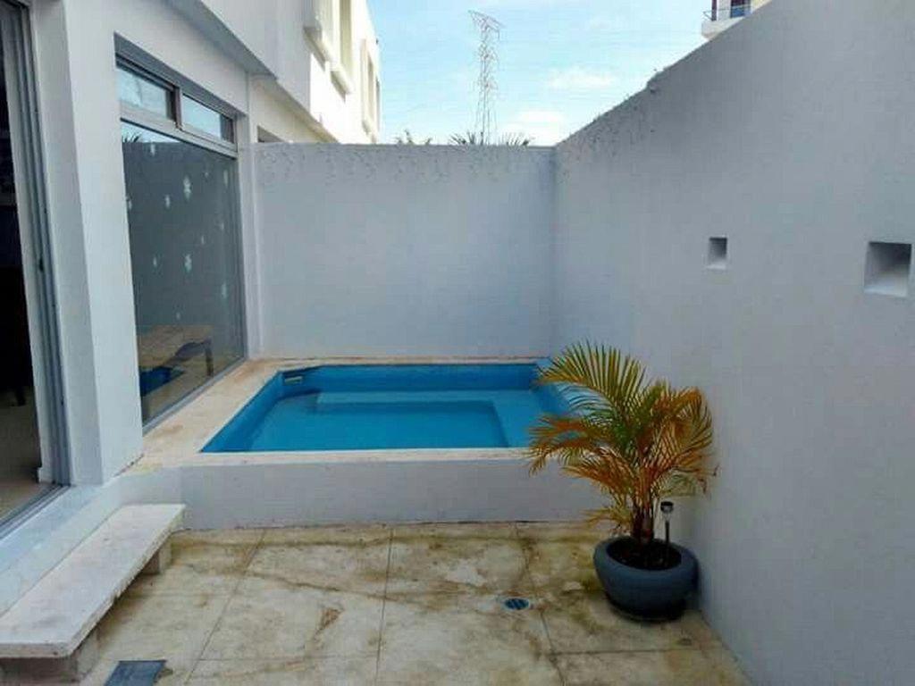 30 Wonderful Mini Swimming Pool Design Ideas For Small Backyard Poollandscapingideas Small Swimming Pools Small Backyard Patio Small Backyard Pools