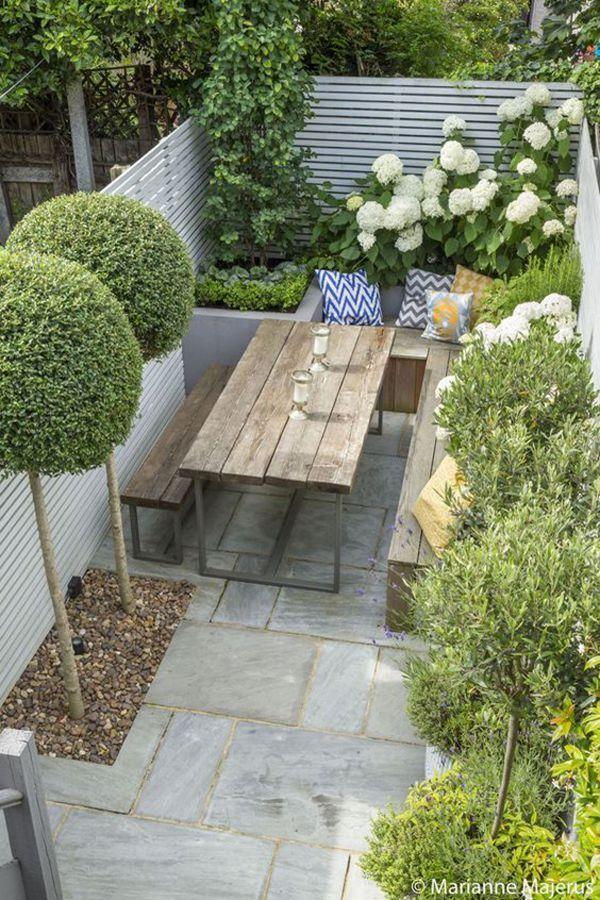 30 Amazing Small Backyard Landscaping Ideas That Will Inspire You Courtyard Gardens Design Garden Design London Small Courtyard Gardens