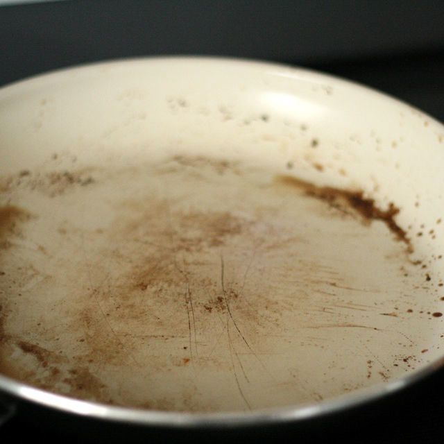 how to clean grease pots and pans