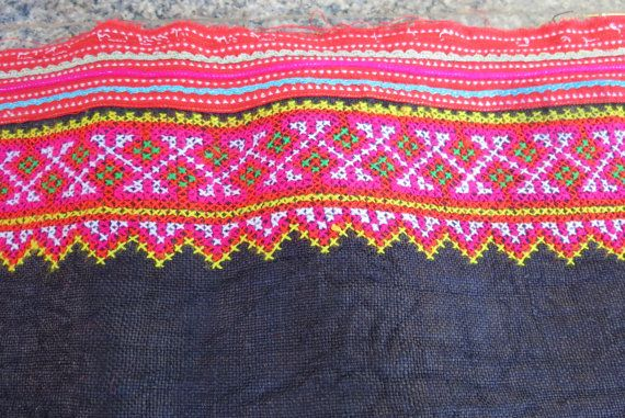 Vintage Hmong Fabric handmade cross stitch hempfabric por dellshop