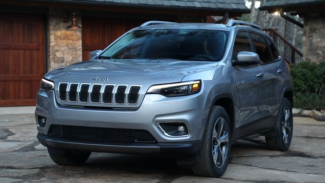 The New 2019 Jeep Cherokee The Most Capable Mid Size Sport Utility Vehicle Suv Boasts A New Authentic And More Prem Jeep Grand Cherokee Jeep Grand Jeep