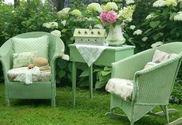 Lloyd Loom - love the colour! | Garden Getaways | Pinterest | Jardín ...