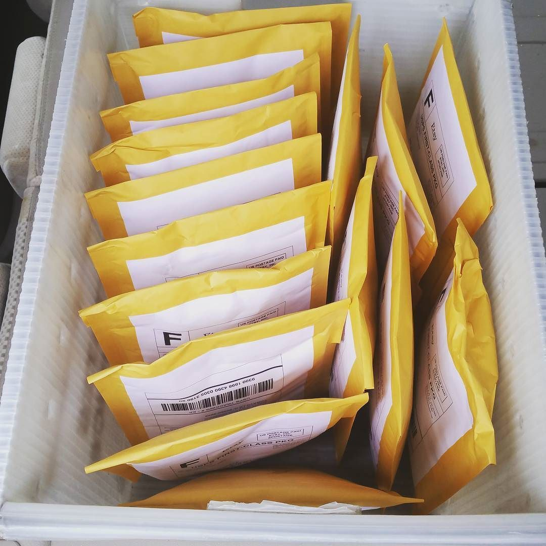 First batch today! I'll have another going out later this afternoon #happymail #etsy #etsyseller #usps