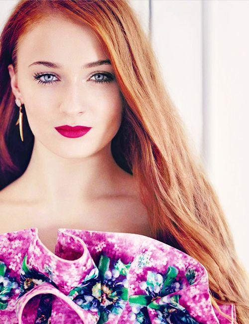 Lovely | Sophie turner, Beautiful redhead, Sophia turner