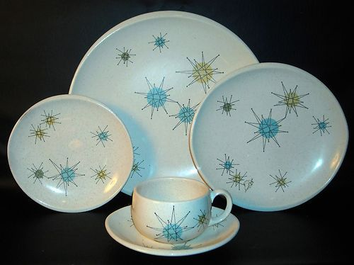 VINTAGE FRANCISCAN STARBURST PLATE SETTING PLUS CUP AND SAUCER- VERY NICE (I have my Grandmotheru0027s set) & VINTAGE FRANCISCAN STARBURST PLATE SETTING PLUS CUP AND SAUCER- VERY ...