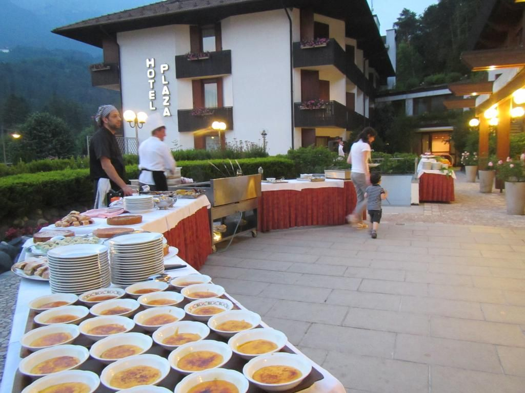 #Barbecue nel patio del #ComanoCattoniHoliday e #livemusic Questa è #summer2015 #estate