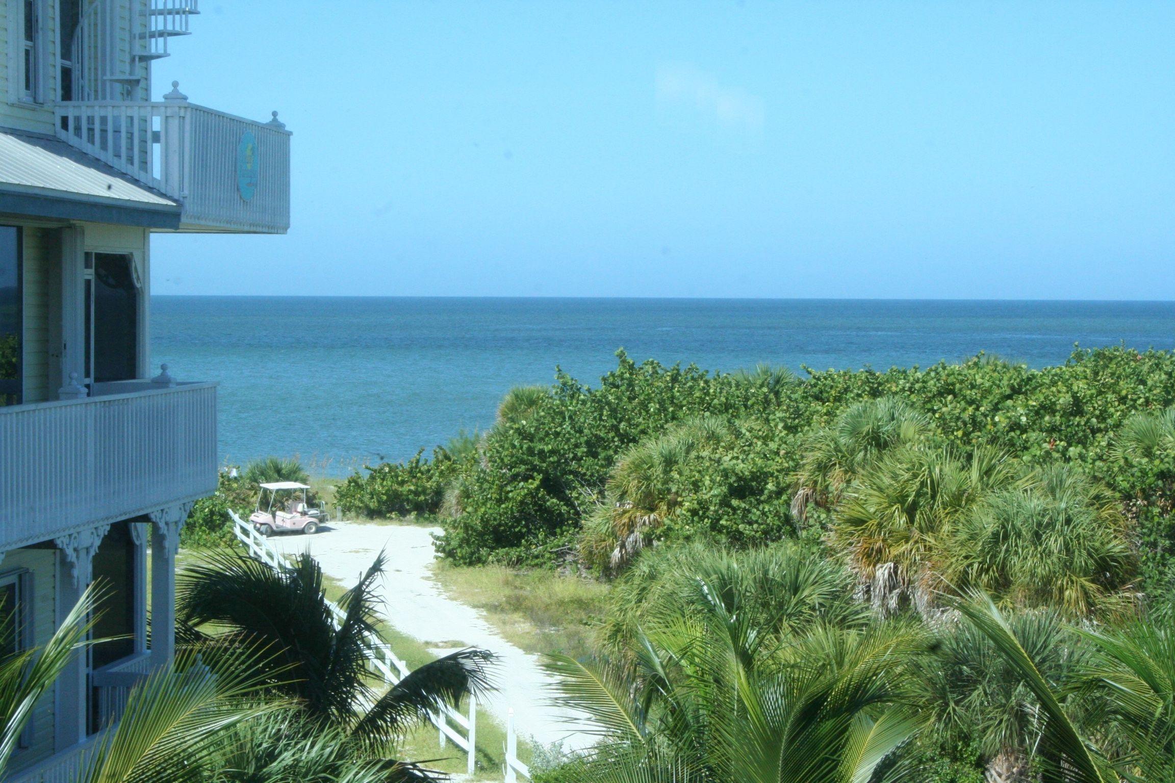 Bluefin Beach House 300 Feet To