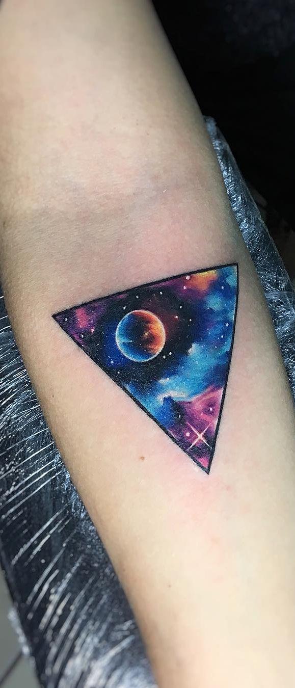 Geometric Galaxy Tattoo : geometric, galaxy, tattoo, Geometric, Galaxy, Tattoo, Artist, Adrian, Bascur, 💕✨💕✨..., Watercolor, Tattoo,, Tattoos