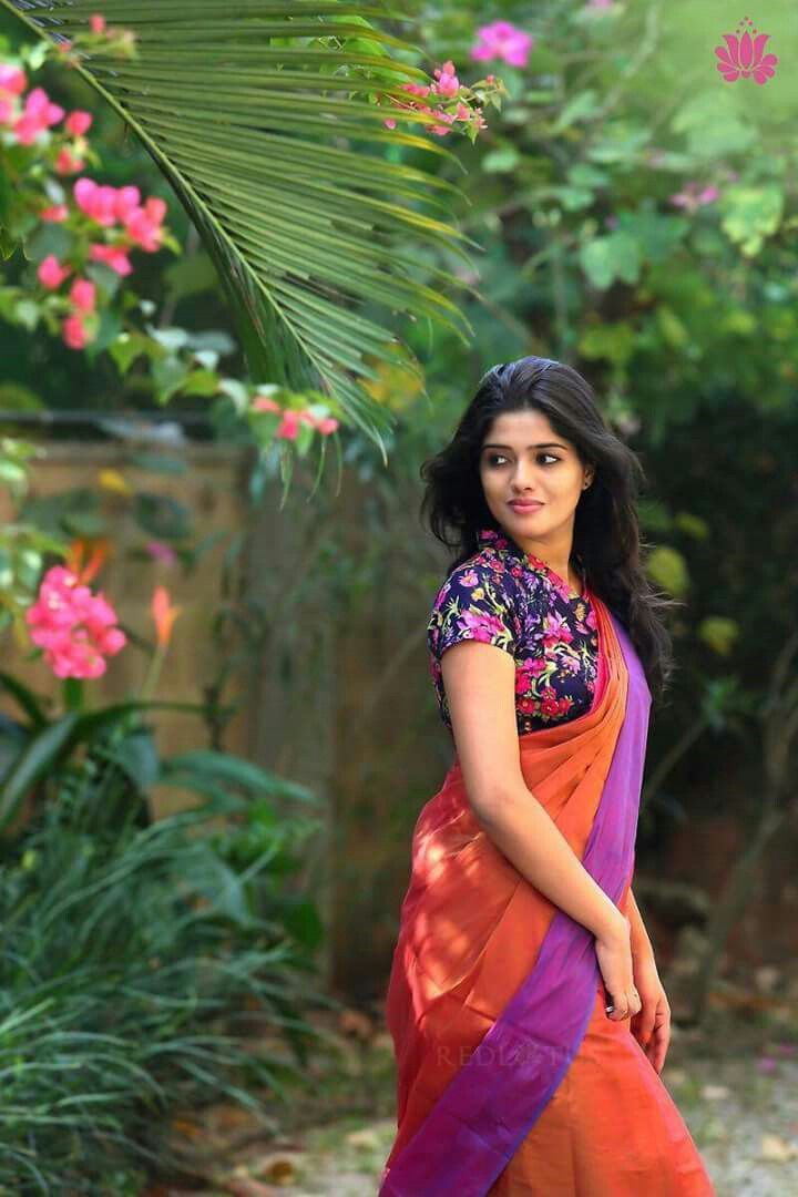 Floral Blouse Saree Poses Saree Photoshoot Beautiful Saree