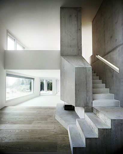 villa ensemble - zurich - andreas fuhrimann + gabrielle hächler + - escalier interieur de villa