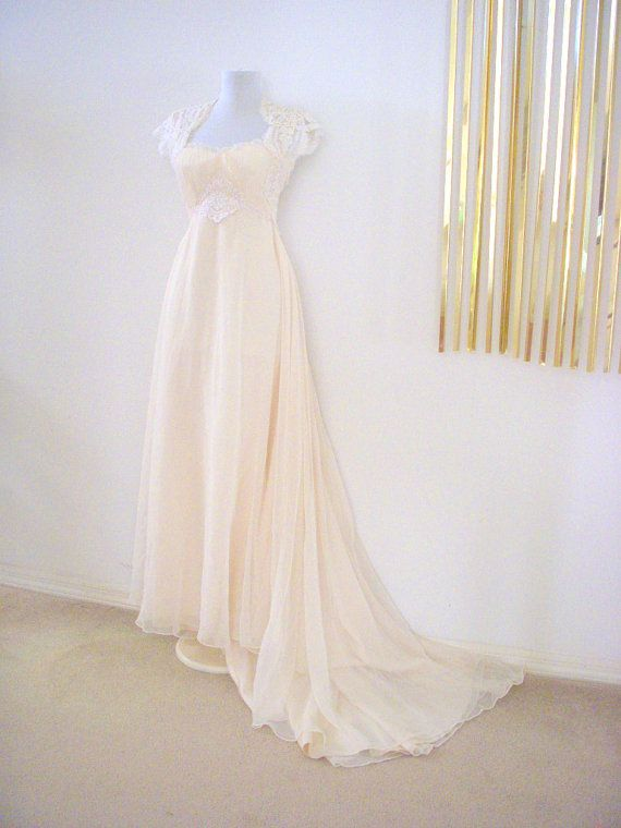 Vintage 70s Jane Austen Regency Style Ivory Weddng Gown with Train ...