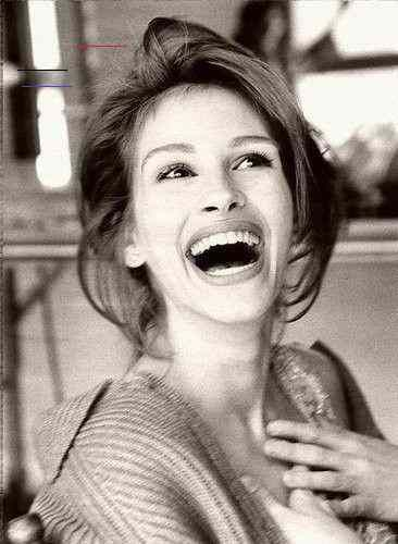 Ansteckendes Lachen-einfach umwerfend. - fashion beauty Ansteckendes Lachen-einfach umwerfend.  #lov...