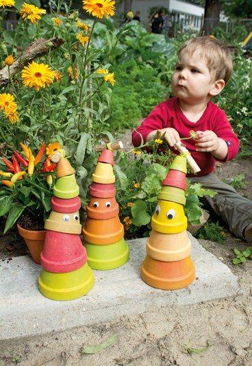 der turm steht fast! - basteln mit kindern: wurmturm für den, Gartenarbeit ideen
