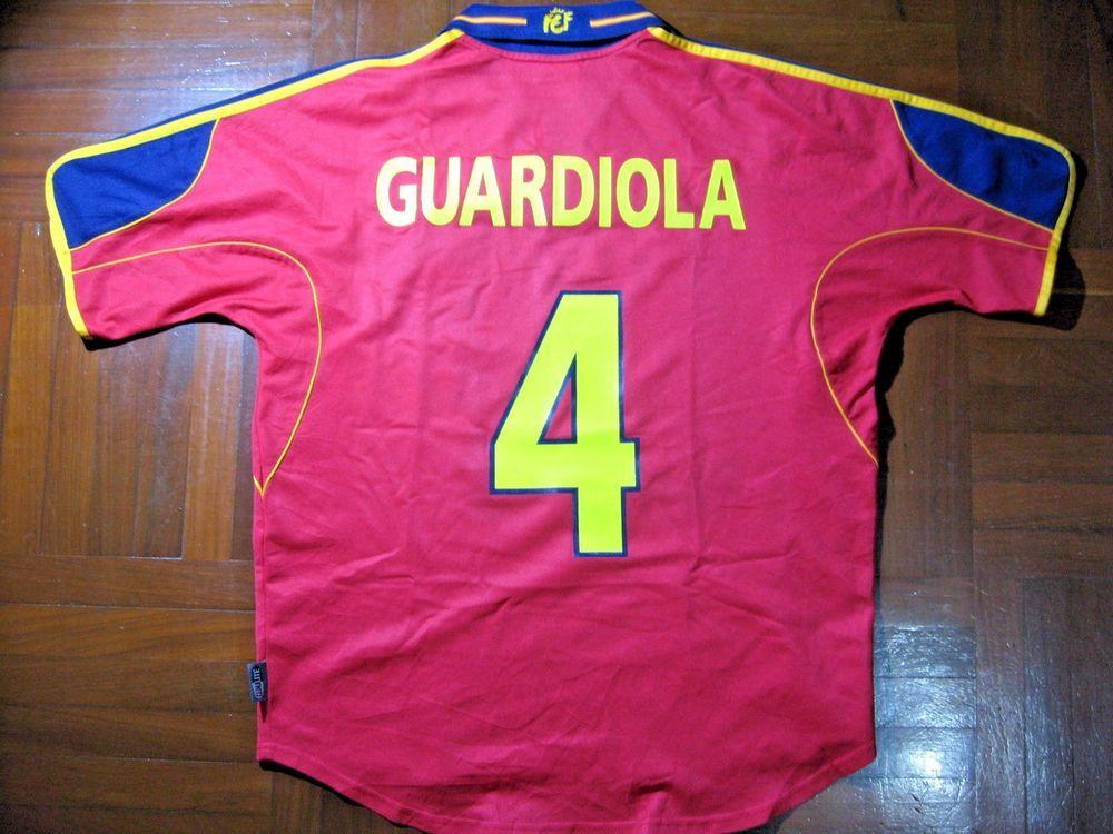 GUARDIOLA SPAIN EURO 2000 ADIDAS FOOTBALL SOCCER JERSEY SHIRT M VTG  CAMISETA 90s  ADIDAS  SPAIN 039a7c19e